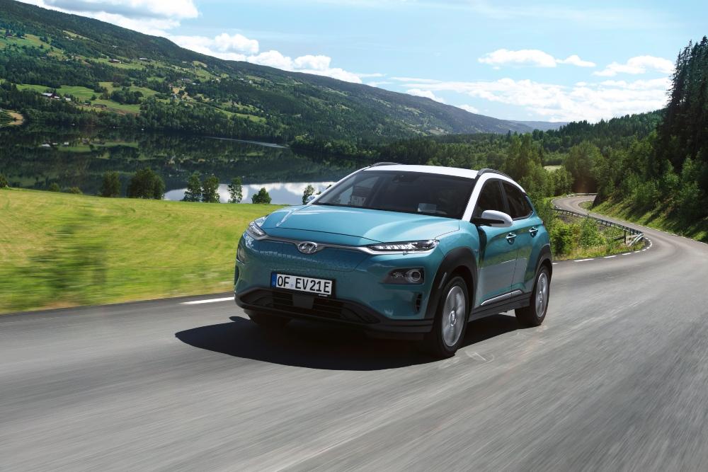quanto custa carregar um carro elétrico -Hyundai KAUAI na estrada