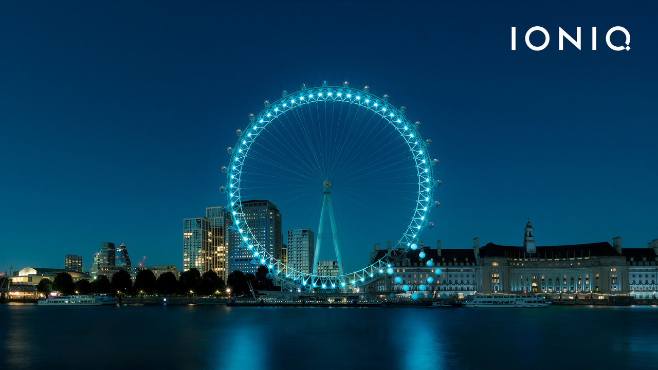 Símbolo IONIQ no London Eye, em Londres