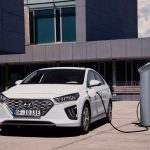 Hyundai Ioniq a carregar